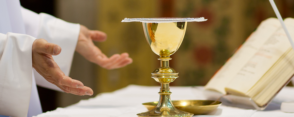 Communion St Martin en Haut - Photo fotolia