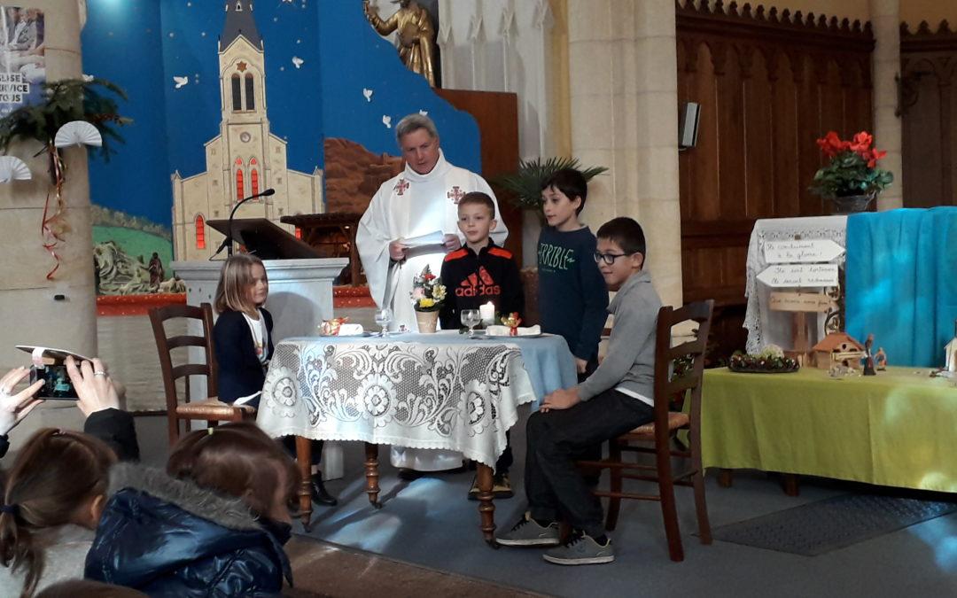 Célébration avec les enfants de l'école d'Aveize