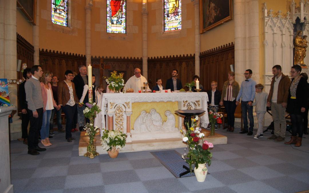 Première communions à Aveize dimanche 5 mai 2019